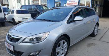 Opel Astra J 2012