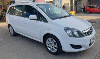 Opel Zafira B full